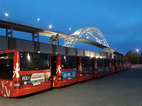 Det kan bli sjåførstreik og parkerte busser i Fredrikstad.