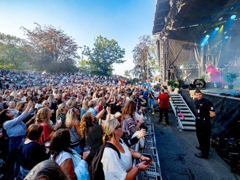 FESTIVAL: Over 9.000 mennesker tok turen innom Sarpsborgfestivalen i Kulåsparken i 2019.