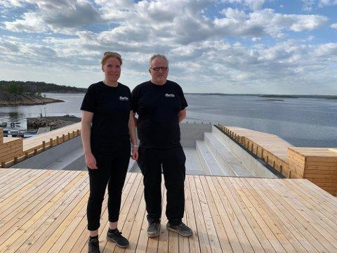 Martin Frøik Christensen og kona Annette klarte ikke å si nei da de fikk tilbud om å drive på Edholmen.