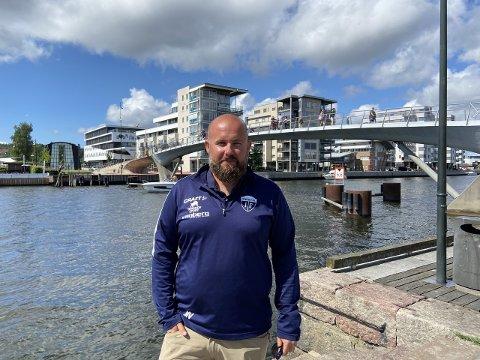 KLARE: Mads Vallestrand og Gresvik ser frem til at breddefotballen starter opp igjen i august.