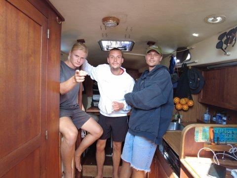 Brødrene Stian og Brage Berg fra Hvaler og kompisen Herman Johansen fra Tønsberg hadde ikke mer en et års seilerfaring før de bega seg ut på reisen.