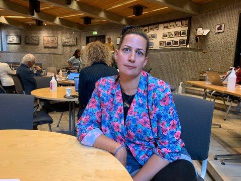 Helse- og velferdsutvalgets leder Helene Apenes Matri (Ap) fikk ikke svarene hun ønsket i orienteringen om forholdene ved Fredrikstad korttidssenter