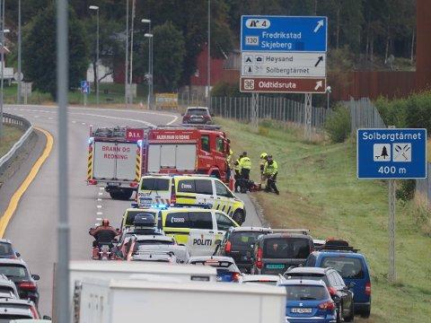 Det var rett ved avkjøringen fra E6 ved Solbergtårnet at ulykken skjedde.