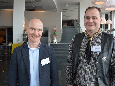 GODT SAMARBEID: Tuomo Sinisalmi og Torkjell Lund sier de har et tett samarbeid, og så lenge alt går etter planen står vindparken i Sørfjorden klar til 2019.  Julie Arntsen