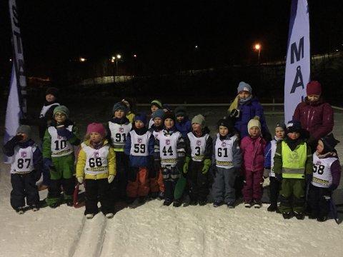 Glade barn deltok i Beisfjord.