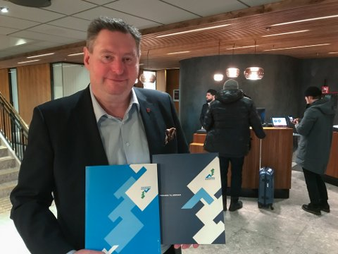 Rune Edvardsen på plass i Oslo for å levere VM-søknaden.