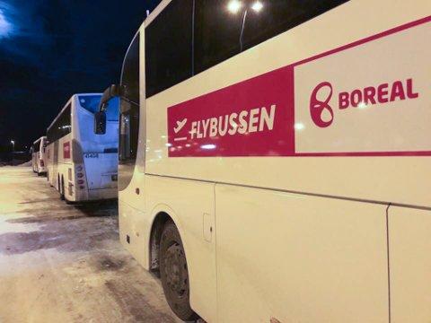 STOPPER OPP: Hvis det blir utvidet streik på lørdag vil Narvik rammes hardt. Skoleruter, lokalbussene, flybussen, bussrutene til Bodø, Lofoten og Boreal sine ruter til Harstad blir berørt.