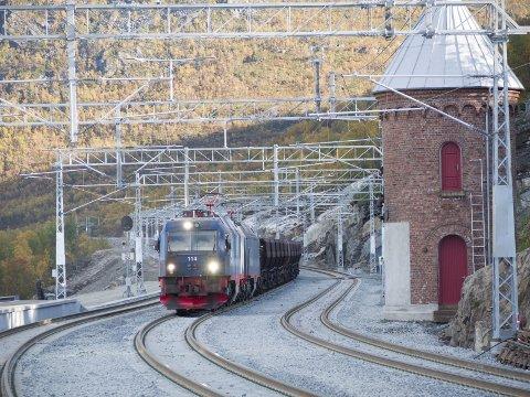 Togstrekningen Kiruna-Narvik kan bli kåret til Sveriges vakreste.