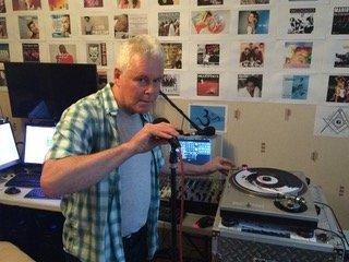 DJ Geoff Parker er en av flere som kommer for å skape jamaicansk stemning helga 10.-11. august.