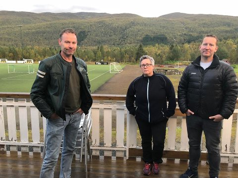 Oppgitte: Styremedlem Remi Hansen, Leder Rakel Larsen og styremedlem Ronny Pettersen er oppgitte etter at de denne helgen ble frastjålet utstyr verdt over 50.000 kroner.