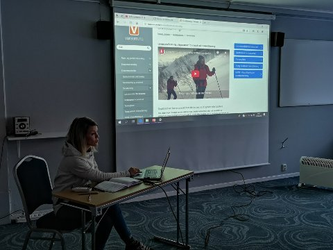 Jeanette Gundersen i NVE var med på møtet for å fortelle om bruken av www.varsom.no