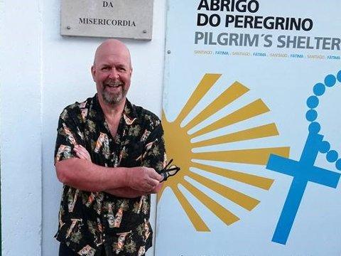 Vandrer: Bjørn Isachsen har gått til den spanske byen Santiago de Compostela flere ganger. Erfaringene hans inspirerte ham til å lage en egen forestilling.
