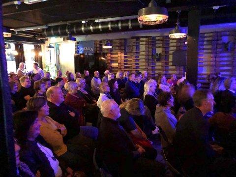 Det var fullpaket da Stand up Narvik hadde premierei Oslo fredag.