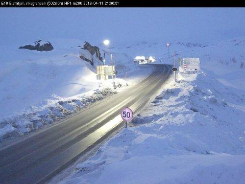 E10 Bjørnfjell torsdag kveld.