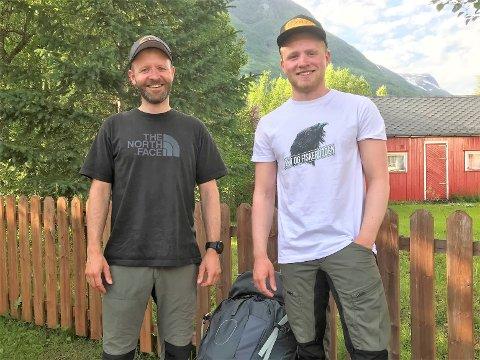 Klappet og klart: Kai og Marcus, far og sønn, legger i dag ut på drømmeturen fra Tana i Finnmark og til Bjerkvik. De neste seks ukene handler det om det gode (frilufts)-liv.