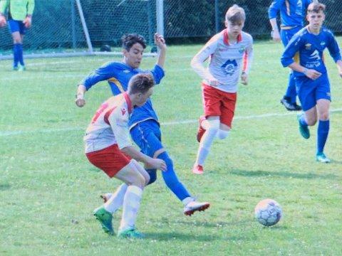 Håkvik-guttene har vunnet alle kampene så langt i Norway Cup.