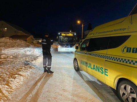 PÅKJØRT: En 13 år gammel jente ble søndag ettermiddag truffet av en buss på Alfheim i Tromsø.