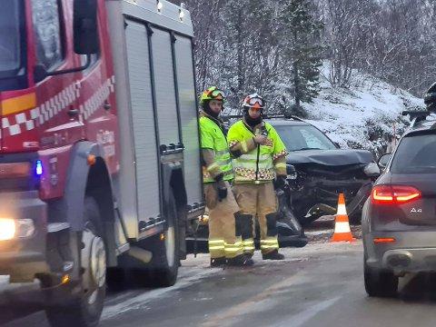 Tre personer er involvert i frontkollisjon på E6 i Balsfjord.