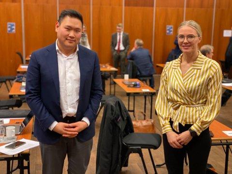 TAKKET TINA: Daniel Skjevik-Aaseberg (H) takket Tina Denstad (Ap) for at hun orket å stå i «det verbale misbruket» i sosiale medier.
