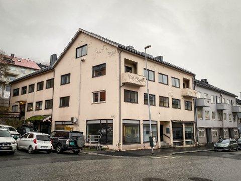 SOLGT: En seksjon bestående av et borettslag med 12 leiligheter i dette bygget i Dronningens gate ble nylig solgt. – Det var stor interesse for dette objektet, forteller megleren.