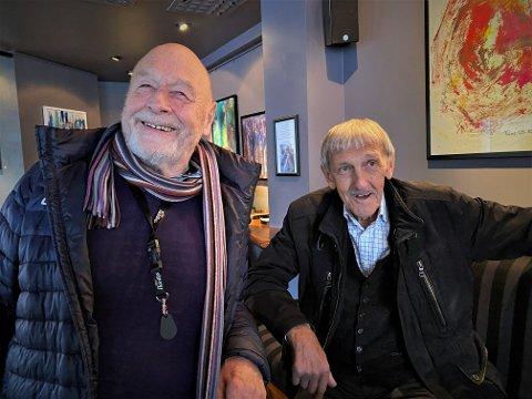 HOVEDPERSONEN: Alf Bertheussen (82, th) er hovedpersonen i Knut Smistads siste bok.