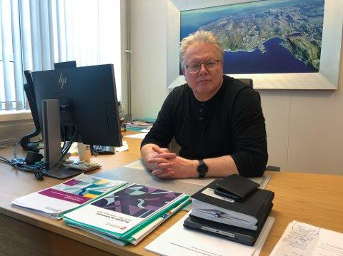 FÅR SKRYT: Rådmann Leif Vidar Olsen får skryt fra politiet etter at de anmeldte en person for brudd på karantenereglene. Foto: Trond Ivar Lunga