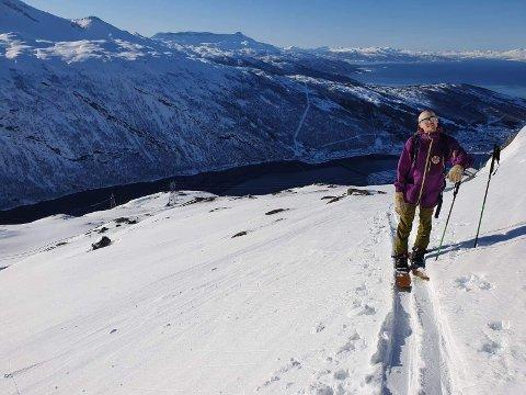 PÅ FJELLET: Erik Nordenström kom til Narvik for å jobbe. Det ble permittering, men han klager ikke.