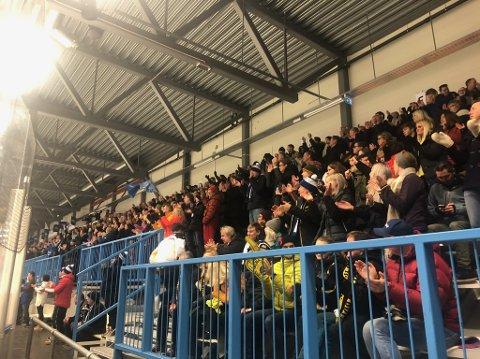 TILSKUERE: Narvik Hockey kan leve med redusert tilskuertall ei tid, ifølge klubblederen.