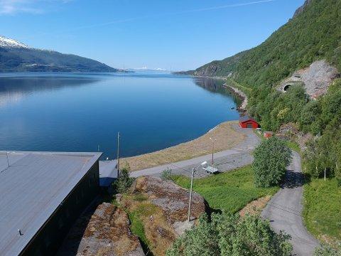 KAN VÆRE LØSNINGEN: Vann fra Nygård kraftverk på Trældal kan være løsningen for ny vannforsyning til Øyjord. Om Narvik kommune og Narvik Vann slår til på tilbudet fra Nordkraft.