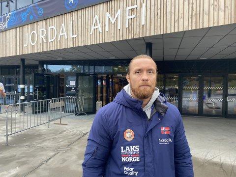 I FOKUS: Fritz Aanes vies mye skjermtid i dokumentarserien «Hodet i klemme», som sendes på NRK om dagen.