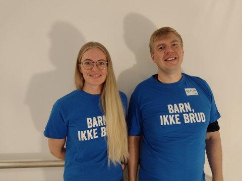 STØNTDUO: Tina Denstad og Vegard Lind-Jæger går ut av komfortsonen til inntekt for TV-aksjonen.