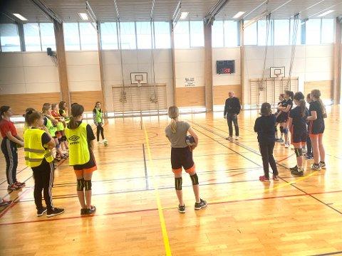STOPPER TRENINGER: Nor HK stopper alle treninger for barn i Idrettens hus.