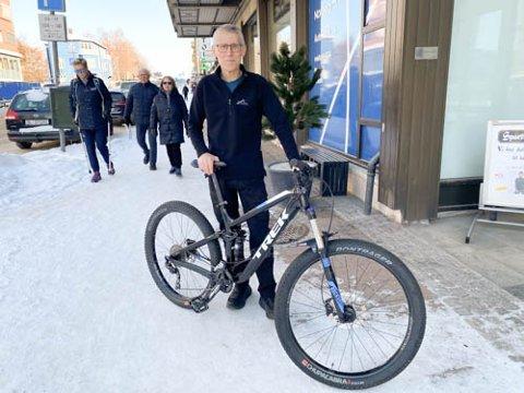 SYKKELKRISE: Ronald Berg frykter fullstendig sykkeltørke i sommer.