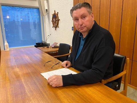 Mandag måtte ordfører Rune Edvardsen og resten av kommuneledelsen gå til det skritt å endre de lokale smittevernreglene for å sørge for at Vinterfestuka ble avlyst. – Dette var en utrolig trist beslutning å ta, sier han.