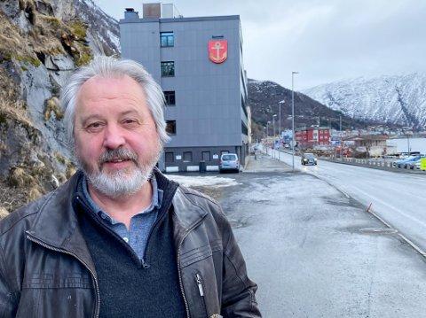 TIDLIGERE HAVNEDIREKTØR: Rune J. Arnøy forlot jobben som havnedirektør i mars. Nå skal han piffe opp penjonisttilværelsen med å drive litt konsulentvirksomhet.