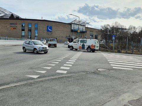 VANSKELIG: Slik beskrives krysset mellom E6 og Frydenlundgata av Statens vegvesen.