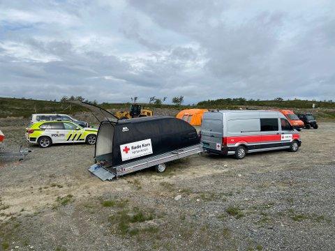 Både politi, Sivilforsvaret, Røde Kors og Alta brannvesen stilte med mannskaper i søket etter den savnede turgåeren i Jotka-området. I samme område ble en mann funnet omkommet.