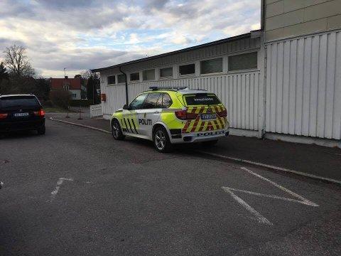Politiet deltok i letingen etter den 7 år gamle gutten på Apenes i Horten.