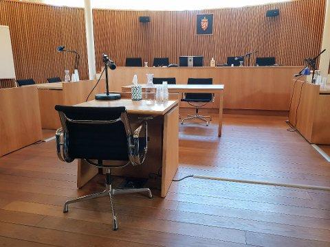 TINGRETTEN: Da 70-åringen forklarte seg for Vestfold tingrett, Sandefjord nektet han for alle anklager. Saken ankes til lagmannsretten.