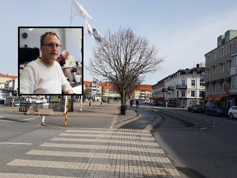 FÆRRE GRENSEHANDLER: I Strømstad merker de at grensen mellom Norge og Sverige er stengt, og at færre grensehandler.