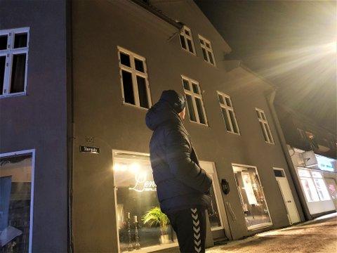 TILBAKE: Hafiz har ikke vært oppe i leiligheten i Storgata siden den skjebnesvangre natten.