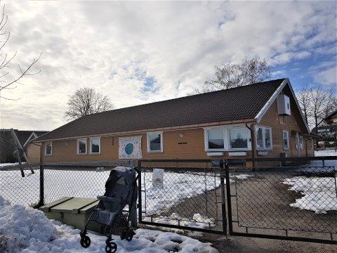 I RØDT: Fra og med torsdag innføres rødt nivå ved alle barnehager i Horten kommune. Her Nygårdsløkka barnehage ved Paletten i Åsgårdstrand.