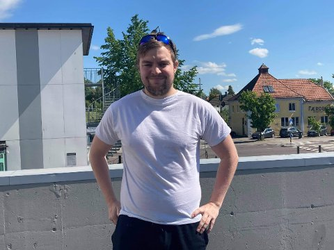 NYTT KONSEPT I BYEN: Kim-Anders Smith Engen leter etter ledige lokaler i Horten. Her vil de nemlig etablere en butikk litt ut av det vanlige.