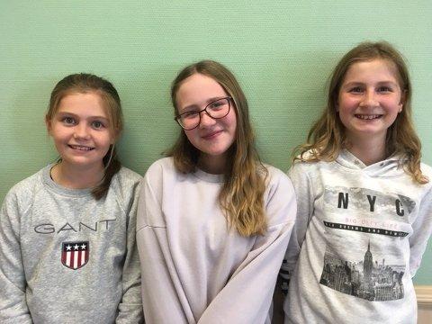 Fra venstre Sophie, elevrådsleder Sigrid i midten og Susanne til høyre.