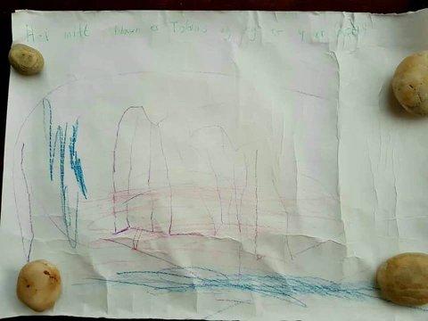 Denne flaskeposten er frå Tobias, som var fire år då han laga teikninga. Det er uvisst kva tid flaskeposten blei sendt.