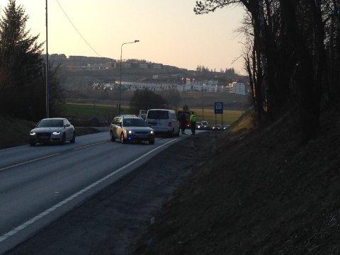 Mandag ettermiddag skjedde et trafikkuhell med flere biler involvert på E39.