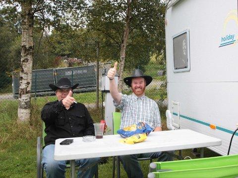 Det var god stemning på campen lørdag ettermiddag.