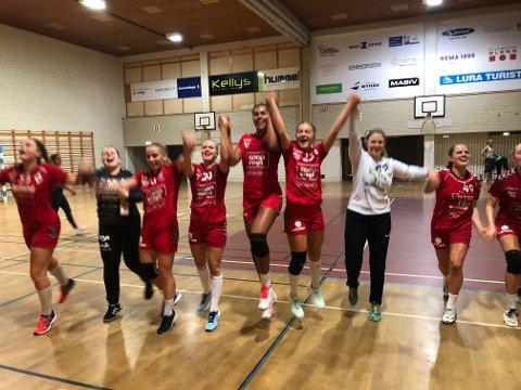 Ti spillere kunne juble for scoring da Ålgård håndball vant borte mot Fyllingen i serieåpningen. Alle kunne juble for to poeng og en perfekt start på sesongen.