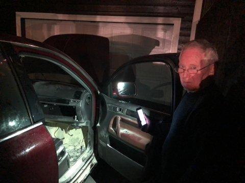 Gunnar Gya stoppet brannen i sin egen bil selv.