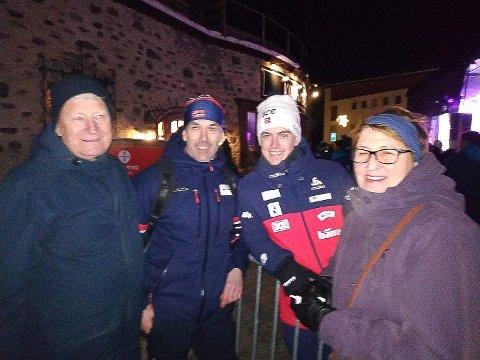 Martin Nevland har både faren Torgeir og besteforeldrene Øystein Tveit og Inger Tveit på plass i Lenzerheide.